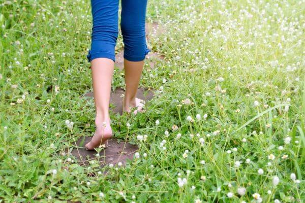 Health Benefits of Grounding (Earthing)