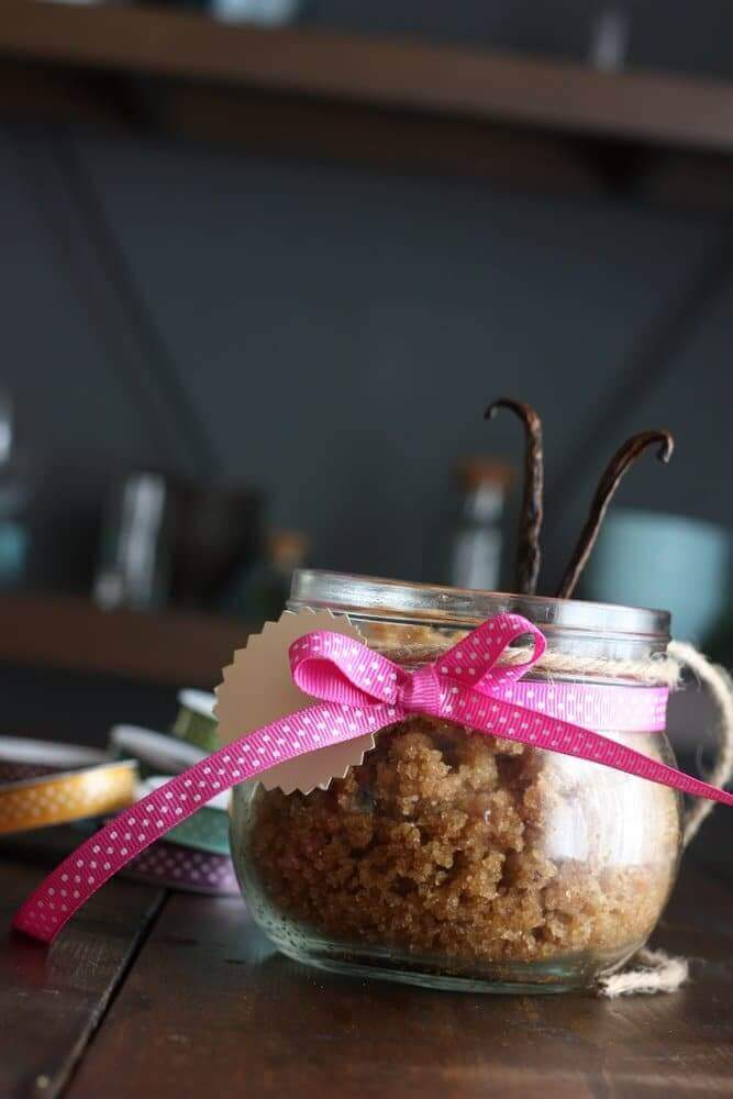 Sugar Cookie Body Scrub - So easy and it smells delicious. I'm making some to give away :)