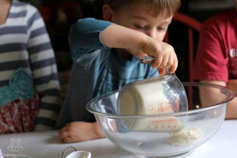 gluten-free-sugar-cookies-recipe-almond-flour
