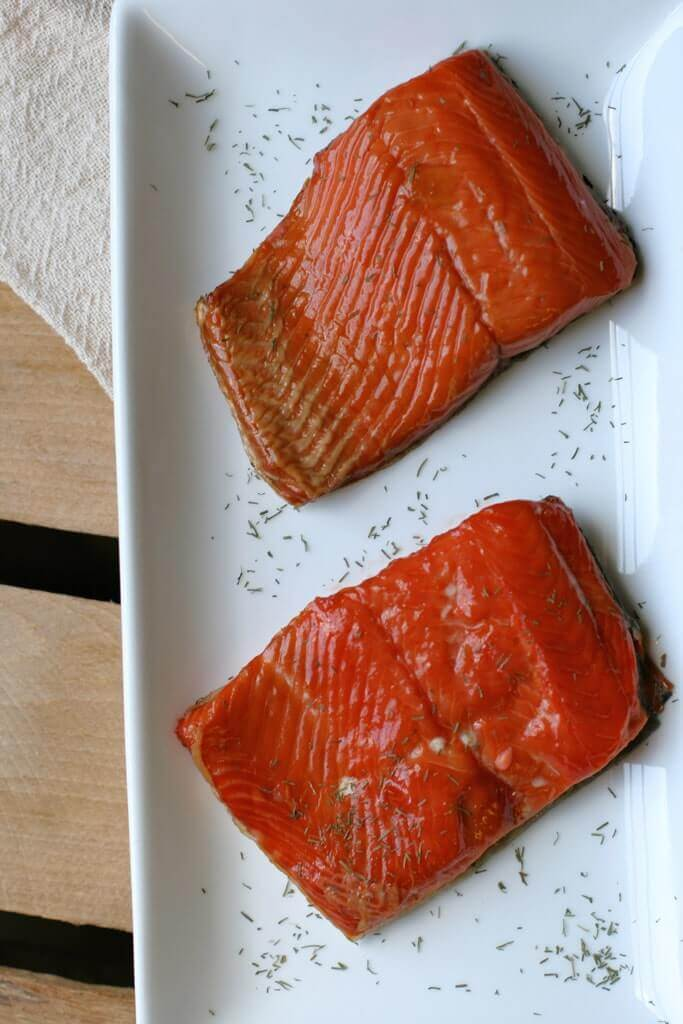 smoked-salmon-dip-salmon-pieces