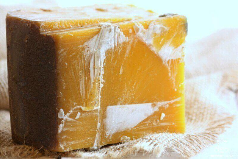 how-to-make-filtered-beeswax