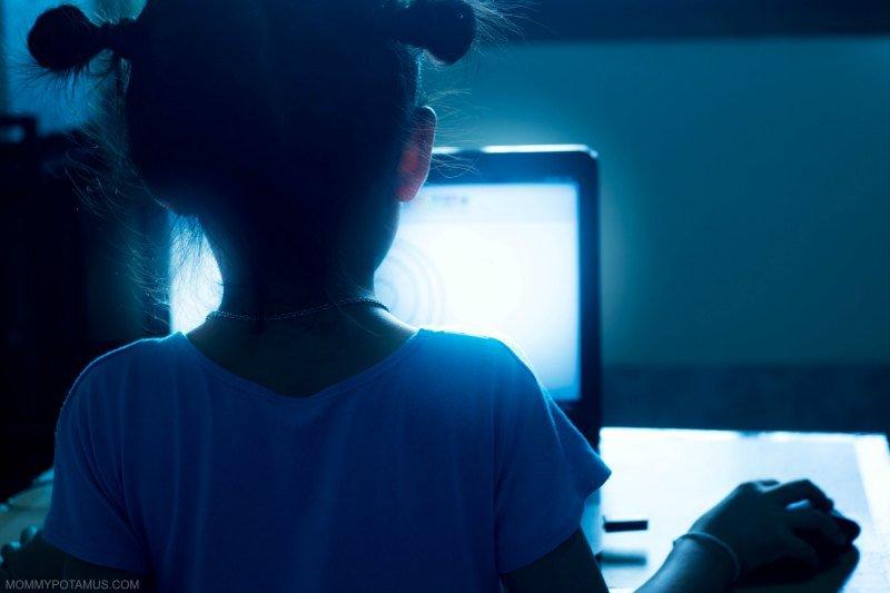 benefits of blue light blocking glasses for kids