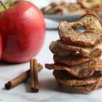 Receita fácil de chips de maçã com canela assada 4