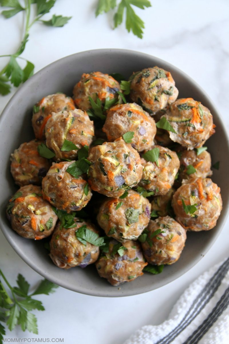 Overhead view of oven-baked meatballs