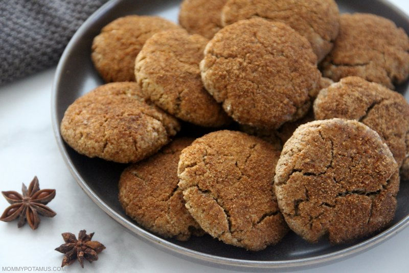 Chai cookies on a plate