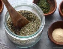 Easy Homemade Italian Seasoning Recipe