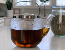 10 Benefits of Nettle Tea + How To Make It