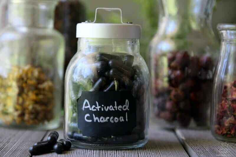 using activated charcoal to whiten teeth