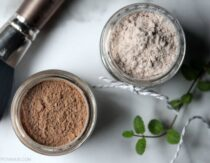 Jars of DIY dry shampoo for light and dark hair